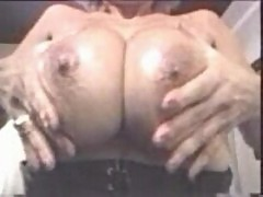 Pat wynn washing and rubing her huge tits