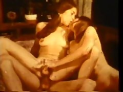 Awesome Retro FFM Threesome With Carrie Stevens & Emelie Star