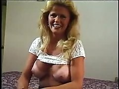Amateur mature hotel room striptease