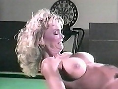 Blonde whore fools around at game room