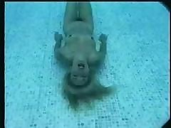 Wrongful Damsel With A Bawdy Piss Hole Does A Solo Underwater