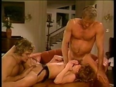 Oldschool threesome