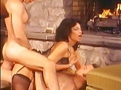 Pornstar legend Vanessa del Rio gets double dicked on her ti...